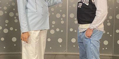 У блакитному жакеті і на високих шпильках: вагітна Катя Осадча відвідала прем'єру української спортивної драми