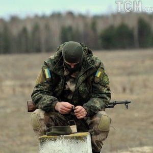 """На межі """"ЛНР"""" і """"ДНР"""": як українські бійці шосту добу тримають удар на Світлодарській дузі"""