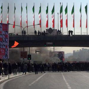 Сполучені штати закликали Twitter, Instagram і Facebook заблокувати сторінки лідерів Ірану