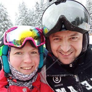 Улыбающийся на лыжах: Зеленского заметили на отдыхе в Буковеле