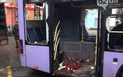 У Міноборони повідомили подробиці кривавої трагедії в Донецьку: тролейбус обстріляли бойовики