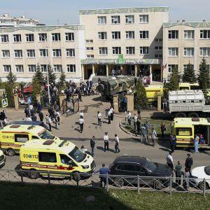 Сначала убил учительницу, а потом — детей: школьник из Казани рассказал, как расстреливали его класс