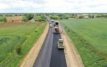Угорщина пропонує 50 мільйонів доларів для будівництва доріг на заході України