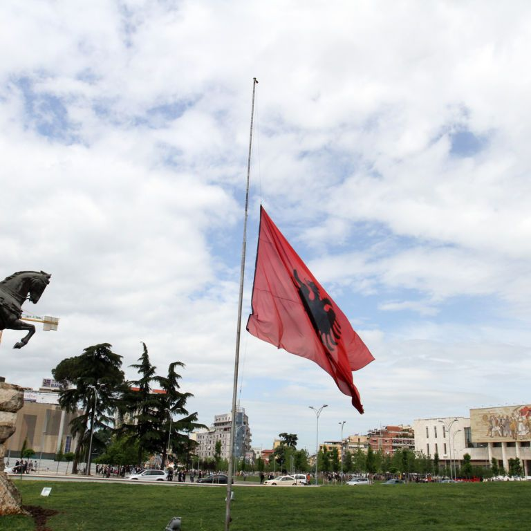 Албания отменяет все ограничения для иностранных туристов