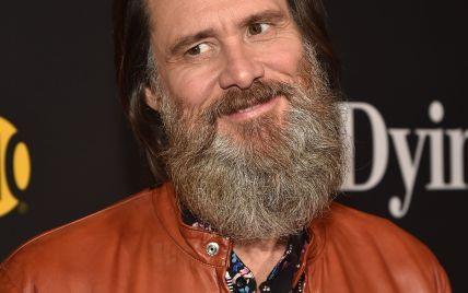 Длинная борода идет не всем: Джим Керри удивил внешним видом
