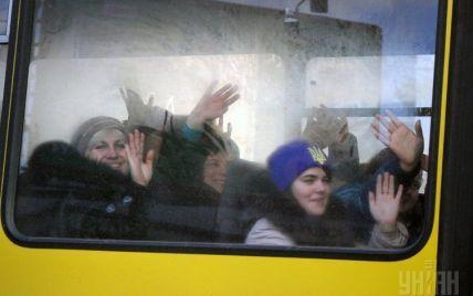 В зоні АТО скасували автобусні перевезення