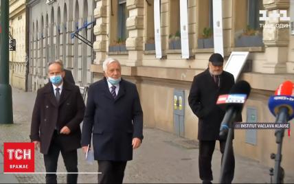 У Чехії госпіталізували чинного та колишнього президентів: що сталося