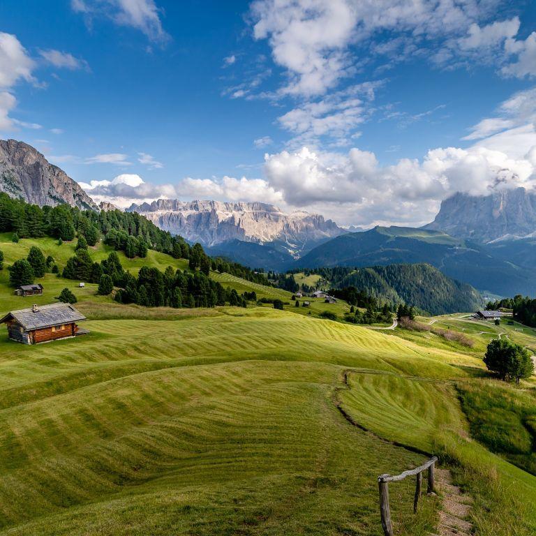До $33 000 заплатить Італія за переїзд до сіл із мальовничою природою: які умови