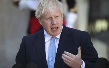 Джонсон поссорился с Макроном на саммите G7 — Telegraph