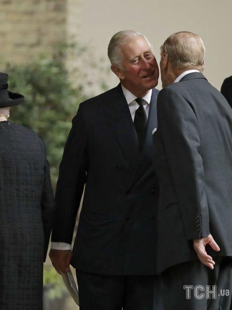 Принц Чарльз і принц Філіп / © Associated Press
