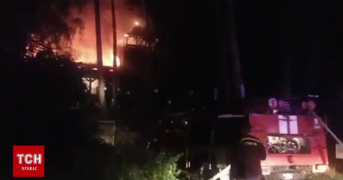 Под Киевом горит ресторанный комплекс