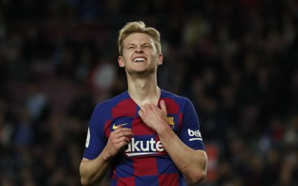 """Розпухла рука: дівчина футболіста """"Барселони"""" повідала, чому він грав проти """"Наполі"""" з пов'язкою"""