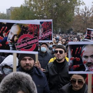 Высказывания о российских ракет едва не спровоцировали переворот в Армении: что там происходит