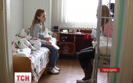 На Ровенщине после вакцины от полиомиелита у ребенка отказали ноги