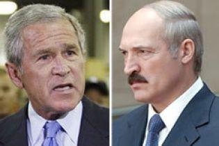 Буш карає Лукашенка