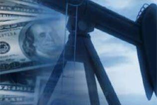 У США дорожчає нафта
