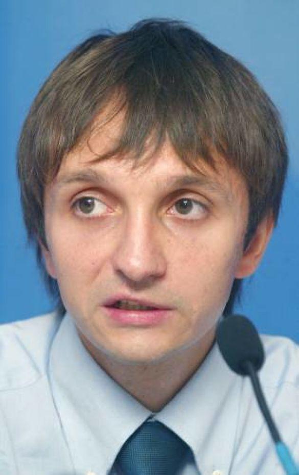 Права українців нівелюються