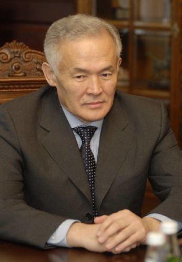 Посол Казахстану Амангельди Жумабаєв