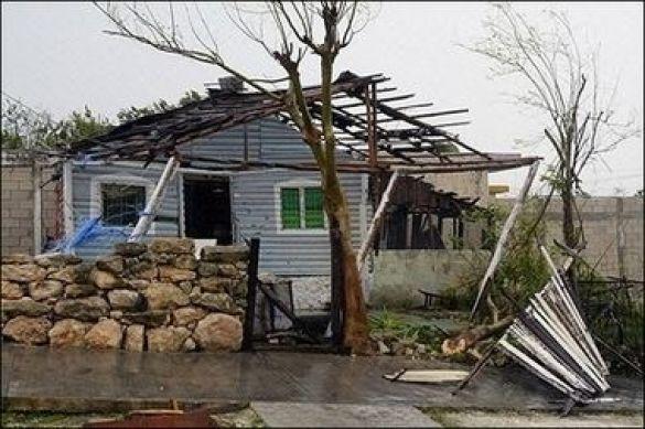 """Руйнівні наслідки урагану """"Дін"""" на півострові Юкатан"""