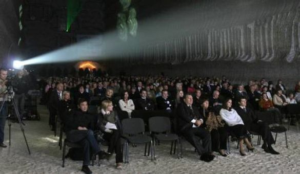 Концерт класичної музики в соляній шахті Артемсіль