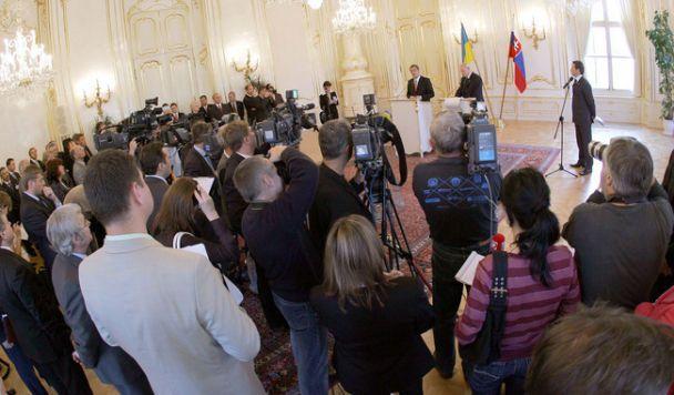 Ющенко відвідує Словаччину