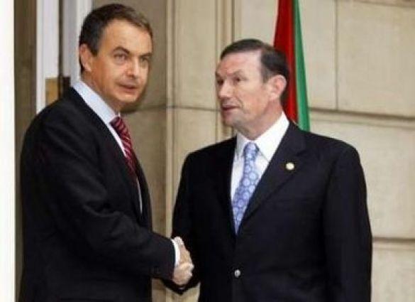 Прем'єр-міністр Іспанії Хосе Луїс Родрігес Запатеро та баскський лідер Хуан Хосе Ібаррече