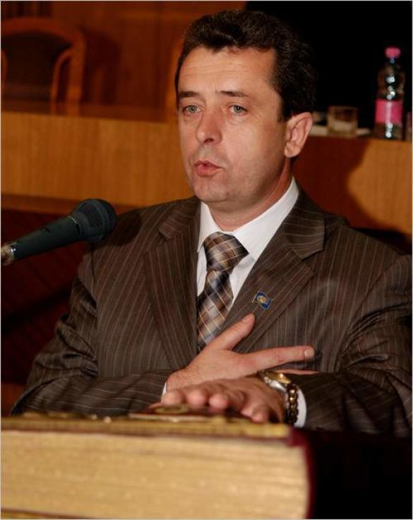 Віктор Анушкевичус