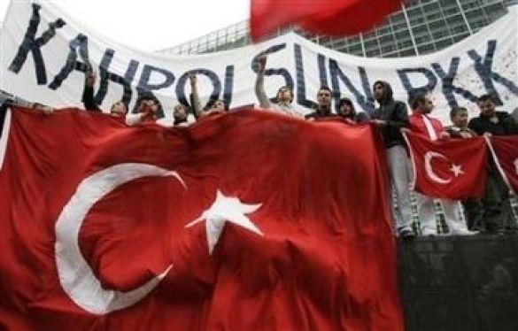 Марш протесту турецької общини Бельгії проти РПК, Брюссель