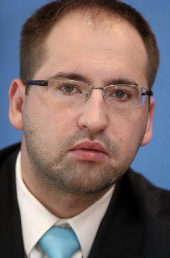 Адам Бєлан