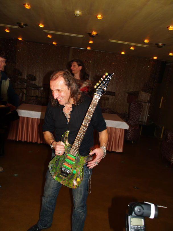 Легендарні гітаристи у Києві