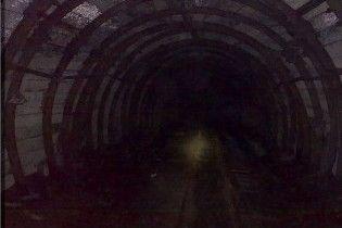 У закритій шахті невідомим газом отруїлися п'ятеро людей