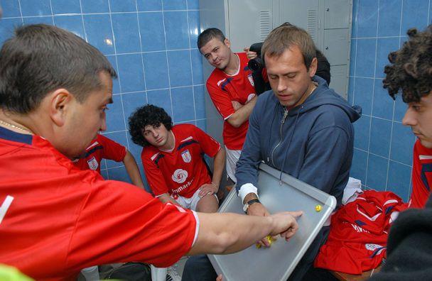 Українські зірки у футболі роблять шоу (відео)