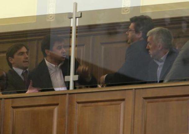 Яценюка відправили у відставку (відео, оновлено)