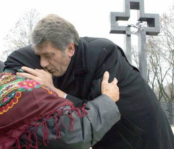 Ющенко на вшануванні пам'яті жертв Голодомору