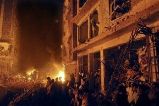 Щонайменше 15 людей загинули від вибуху на ринку в Пакистані (відео)