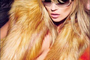 Кейт Мосс оголилась у рекламі окулярів