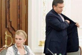 Експерт: у Януковича немає шансів скинути Тимошенко