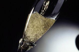 Перед святами українців застерігають від неякісного алкоголю