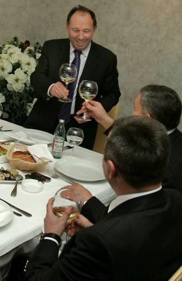 Вечеря з бізнесменами