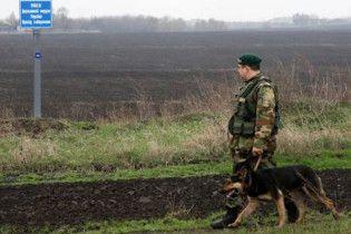 Український прикордонник обстріляв молдавського лісоруба