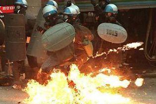 В Сеулі у сутичках з поліцією загинули 5 людей