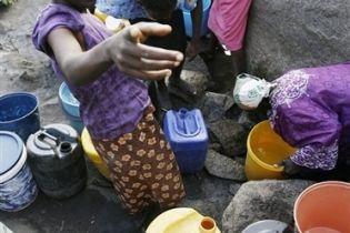 Зімбабве передрікають масштабну епідемію холери