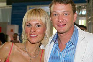 Башаров та його екс-дружина торгують розлученням