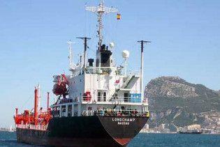 На узбережжя Абхазії викинуло турецький танкер