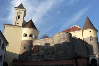 Дружина Балоги відмовилася від Мукачівського замку