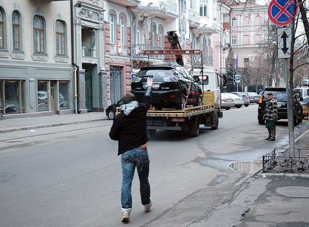 ДАІ в Києві б'є рекорди швидкості з евакуації автомобілів