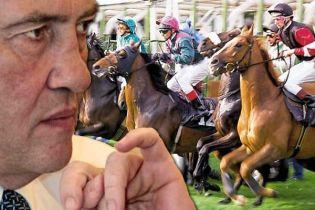 Черновецький особисто візьме участь у кінних перегонах