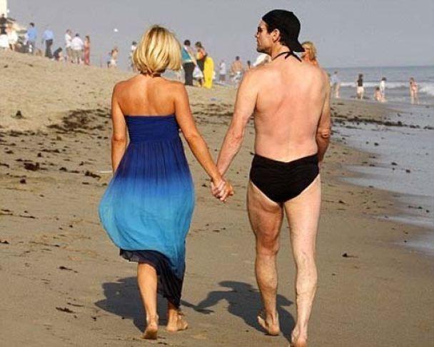 Джим Керрі любить ходити голяка