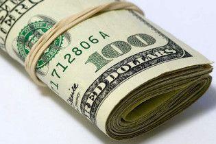 Бухгалтер привласнила 9,9 мільйонів доларів у своєї компанії