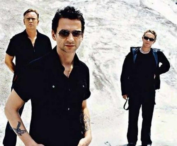 У соліста Depeche Mode виявили пухлину